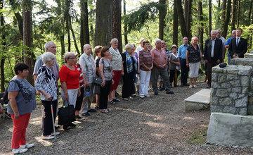 FOTO: V Lesoparku Chrasť si v utorok uctili obete druhej svetovej vojny