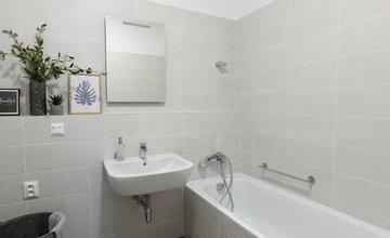 FOTO: V novostavbách Kamence - Kysucké Nové Mesto sprístupnili ukážkový byt
