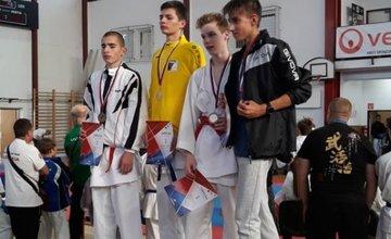 Úspechy žilinčanov na 1. kole slovenského pohára dorastencov a juniorov v karate v Košiciach