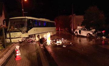 FOTO: Pri zrážke auta s autobusom na Orave zomrel len 20-ročný vodič
