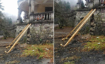 FOTO: Na zámku v Kunerade začali s prvými záchrannými prácami