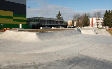 FOTO: Skatepark, Workout park a bežecká dráha na Solinkách v Žiline