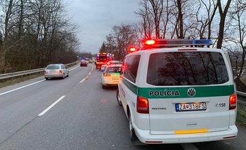 FOTO: Na Košickej ulici došlo dnes ráno k dopravnej nehode, premávku museli odkloniť cez Celulózku