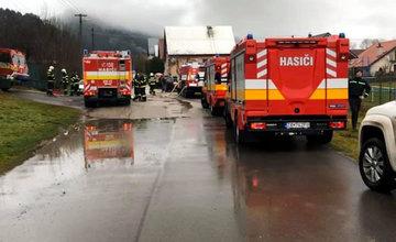 Požiar budovy autoservisu v obci Stráža 25.12.2019