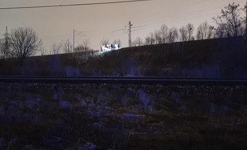Vlak zachytil pri Tepličke nad Váhom staršiu ženu, pomoc si privolala sama