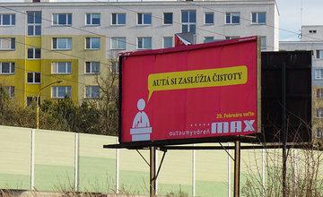 Reklamy pripomínajúce volebnú kampaň propagujú autoumyváreň MAX