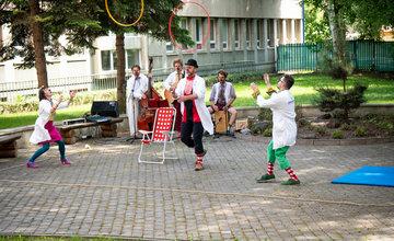 Klauniáda pre deti vo FNsP Žilina