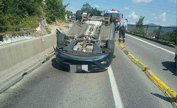 FOTO: Dopravná nehoda pod Strečnom 10.8.2020