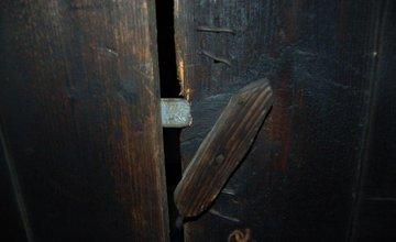 FOTO: Krádež mäsa a mobilného telefónu vo Vysokej nad Kysucou