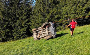 FOTO: Terénne vozidlo po nehode horských záchranárov v Malej Fatre