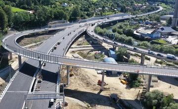 FOTO: Diaľničný úsek D3 Čadca, Bukov - Svrčinovec je tesne pred dokončením