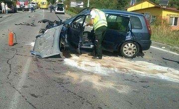 FOTO: Pri Rajeckých Tepliciach došlo k vážnej dopravnej nehode, zasahuje aj vrtuľník