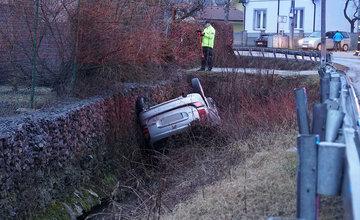 FOTO: Dopravné nehody na ceste III. triedy v mestskej časti Trnové