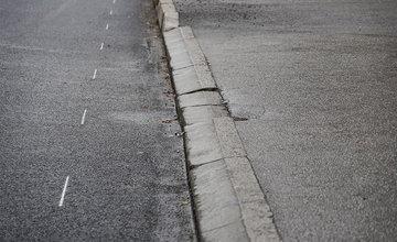 FOTO: Oprava cesty na ulici Hálkova v centre Žiliny