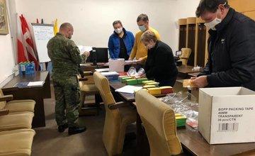 FOTO: Príprava príslušníkov Hasičského a záchranného zboru na plošné testovanie na Orave