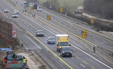FOTO: Diaľničnú križovatku v Hričovskom Podhradí rozširujú krátko pred otvorením o nové jazdné pruhy