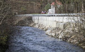 FOTO: V meste Turzovka dokončili opravu cesty, ktorú začiatkom roka poškodili intenzívne dažde