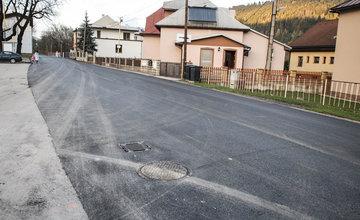 FOTO: Žilinský samosprávny kraj pokračuje v oprave ciest, ďalšie pribudli na Orave a Kysuciach