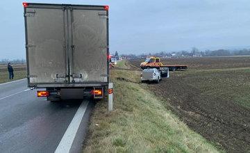 FOTO: Dopravná nehoda v katastri obce Benice v okrese Martin - 17.12.2020