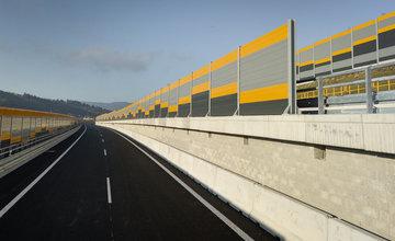 FOTO: Dnes otvoria nový úsek diaľnice D3 medzi Čadcou a Svrčinovcom