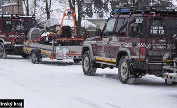 FOTO: Poliaci na skútroch v CHKO Orava
