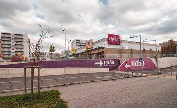 FOTO: Obchodné priestory na námestí Rudiny 2 v Žiline