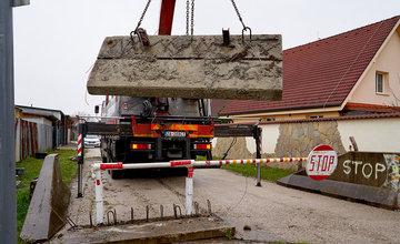FOTO: Odstraňovanie prekážok na ceste medzi Bytčicou a Rosinou