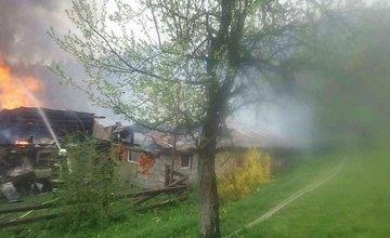 FOTO: Požiar drevenice v obci Korňa 16.5.2021