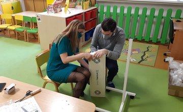FOTO: Nové sterilizátory ovzdušia pre škôlky v Žiline