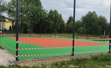 FOTO: Výstavba nového multifunkčného ihriska s tlmiacim povrchom na Oravskej ceste v Žiline
