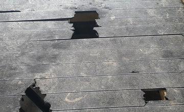 FOTO: Vandali poškodili nedávno dokončený most na novej cyklotrase Žilina - Terchová