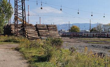FOTO: Modernizácia železničného uzla Žilina je rozbehnutá naplno, buduje sa aj pokračovanie podchodu