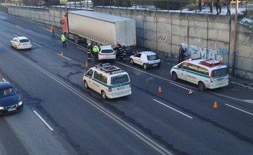 Aktuálne: Nehoda pri zastávke Antona Bernoláka