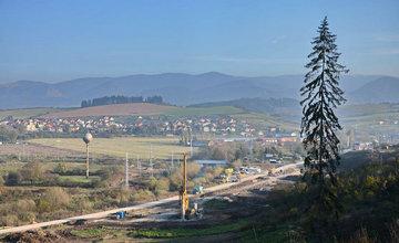 Diaľnica pri Lietavskej Lúčke a tunel Žilina