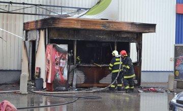 Fotografie z požiaru prevádzky rýchleho občerstvenia