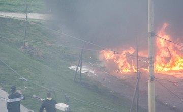 Požiar osobného motorového vozidla na Hájiku 6.4.2014