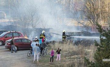 Požiar trávnatých plôch na Hájiku