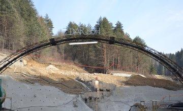Razenie tunela Považský Chlmec