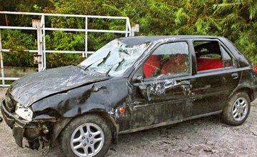 Študentka z okresu Bytča spadla s autom do vody