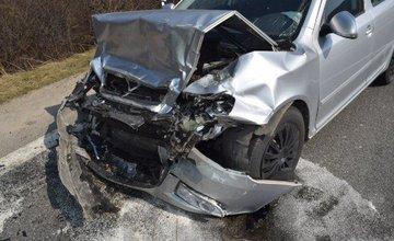 Vodič prešiel s autom do protismeru, celková škoda 16 tisíc eur