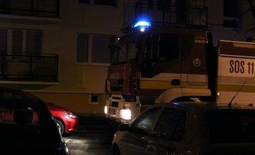 Výjazd hasičov na Tulskú ulicu na Vlčincoch