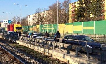 Zásah kukláčov na Rajeckej ceste 13.marca 2014