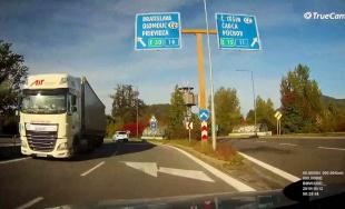 VIDEO: Na Ľavobrežnej sa ocitol ďalší kamión v protismere, nepomáhajú ani prijaté opatrenia