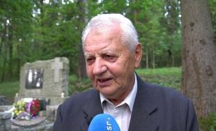 VIDEO: Na mieste beštiálnej popravy partizánov v Lesoparku Chrasť si dnes uctili ich pamiatku