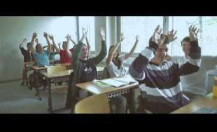 Pharrell Williams - HAPPY - Fakulta riadenia a informatiky