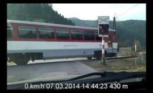 Železničné priecestie Turie - prechod na červenú