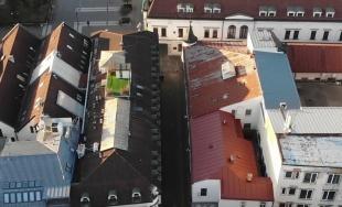 VIDEO: Takmer prázdne ulice a námestia v Žiline na leteckých záberoch