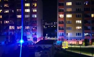 VIDEO: K včerajšiemu potlesku hrdinom v Žiline sa pripojili aj záchranári na sídlisku Solinky
