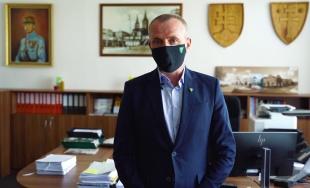 VIDEO: Primátor Žiliny Peter Fiabáne ďakuje sociálnym pracovníčkam v Žiline a okolí